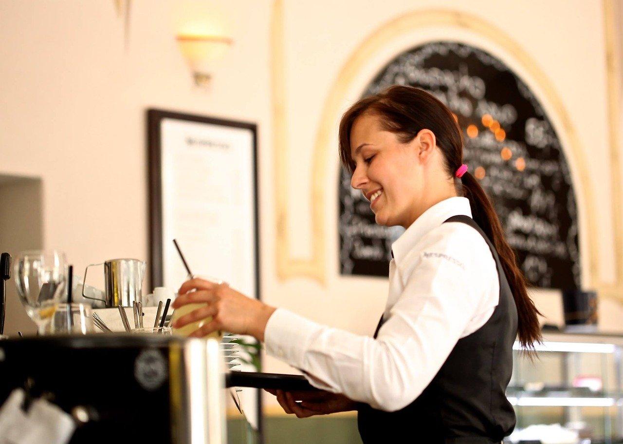 Ampliada la bonificación de la Seguridad Social de fijos discontinuos en el turismo, comercio y hostelería.
